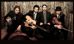 Henhouse Prowlers will perform live and unplugged
